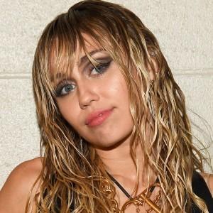 Miley Cyrus | biog.com