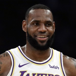 LeBron James | biog.com