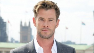 Chris Hemsworth | biog.com
