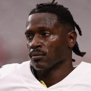 Antonio Brown | biog.com