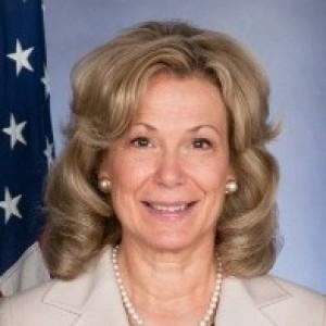 Deborah L. Birx | biog.com
