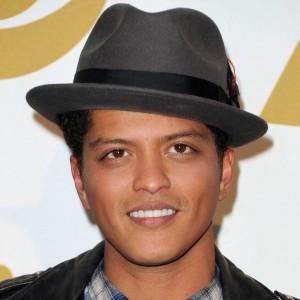 Bruno Mars   biog.com