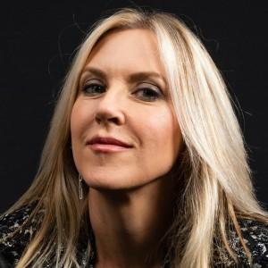 Liz Phair | biog.com
