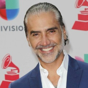 Alejandro Fernández | biog.com
