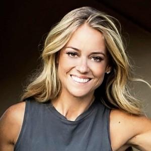 Nicole Curtis | biog.com