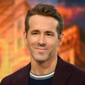 Ryan Reynolds | biog.com